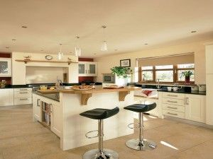 Traditional Kitchen - Ivory