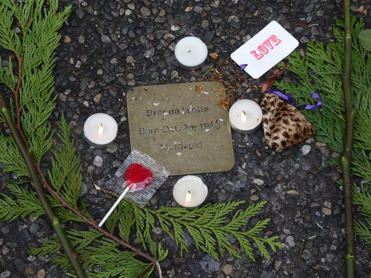 Living Memorial Stone for Brenda Wolfe during the Memorial March