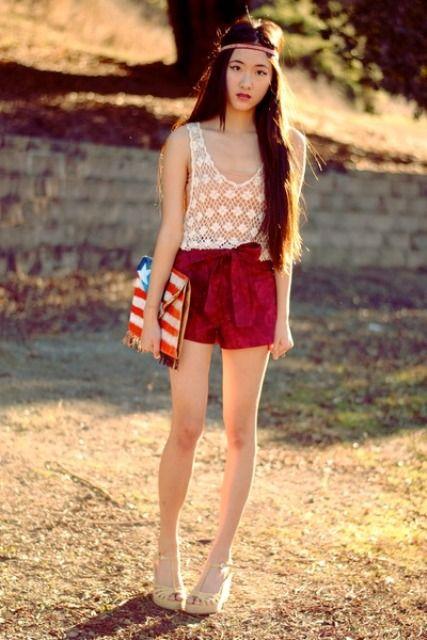 22 Papiertüte Taillen-Shorts Outfits zum Ausprobieren