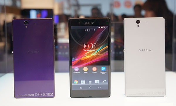 Sonys new Water Friendly Smartphone Xperia Z and Xperia ZL