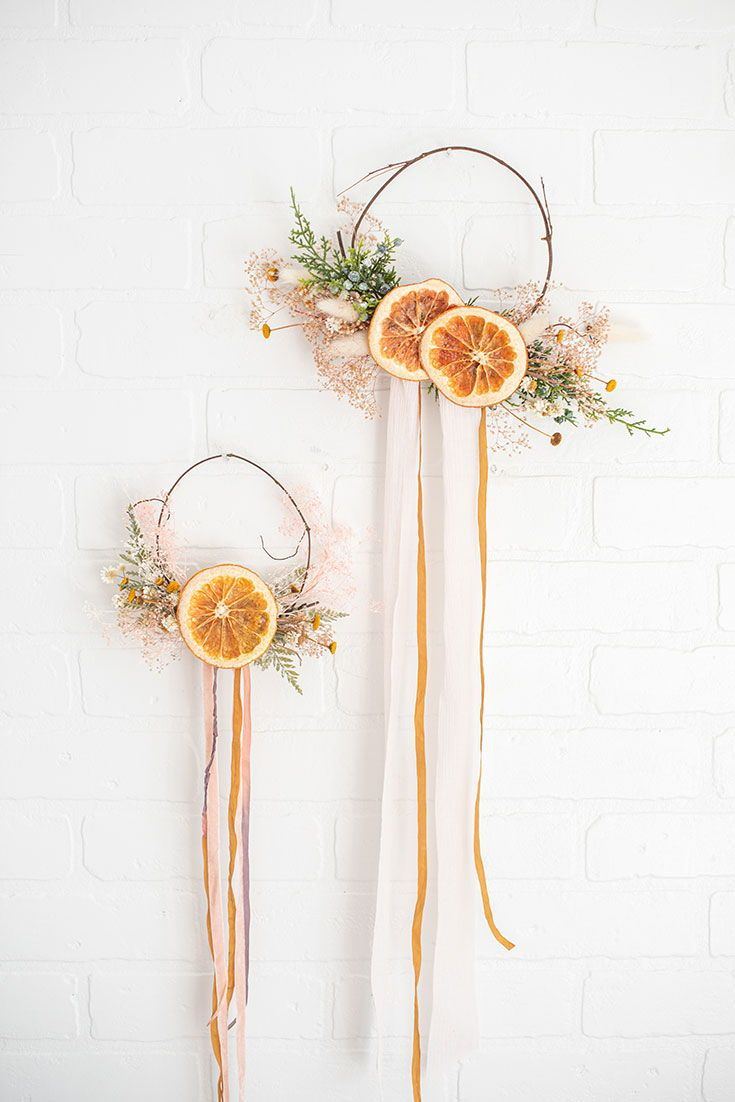 Dried Fruit Wreath With Dried Orange Slices From Afloral Com Designed By Lifesfrostings Christmas Diy Christmas Crafts Christmas Decor Diy