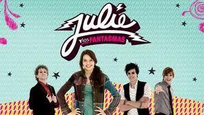 Julie Y Los Fantasmas