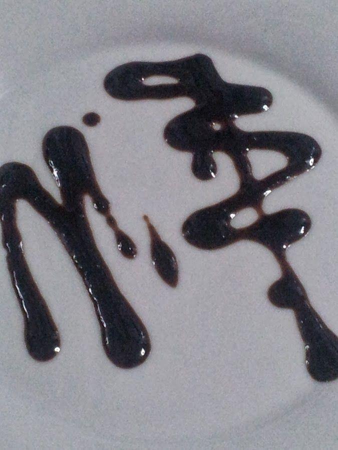 Las recetas de Maria Antonia: Reducción de vinagre balsámico de Modena con moras