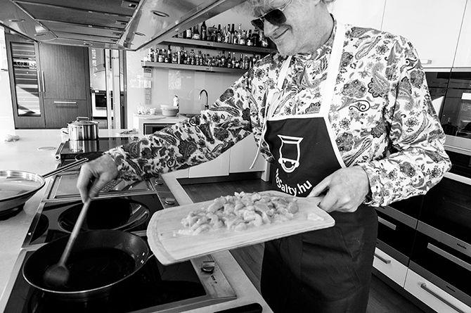 Ebéd Müller Péter Sziámival | NOSALTY – receptek képekkel