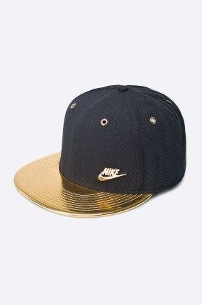 Nike Sportswear - Czapka ze złotym daszkiem Lux Futura True