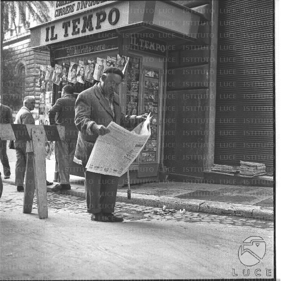 169 Words Short Essay on a Street Beggar