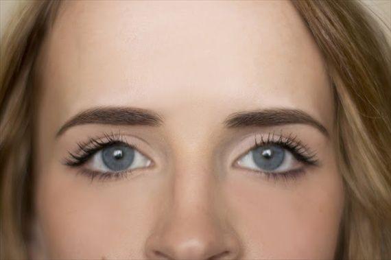 how to shape eyebrows (image via www.hairandmakeupbysteph.com)
