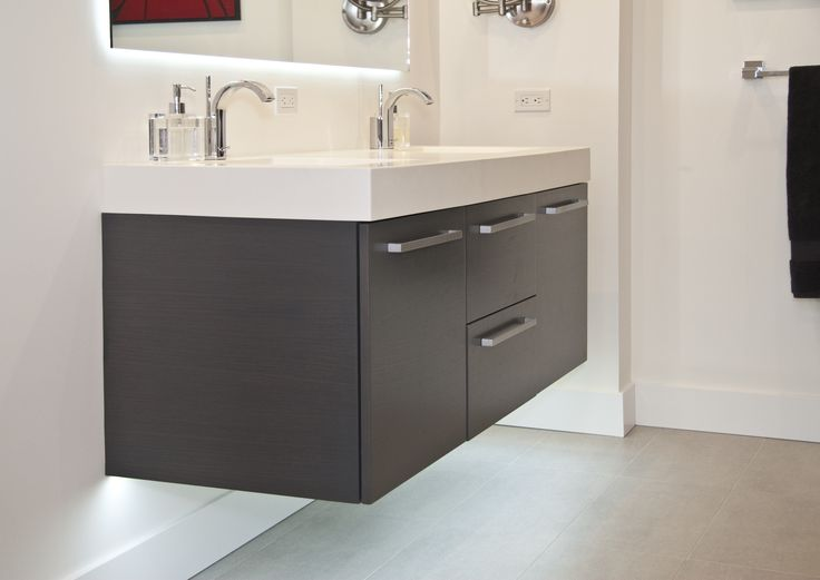 Words to describe this vanity: contemporary, sleek, built-in, gorgeous. Cabinets by Woodways. #WoodwaysDesign