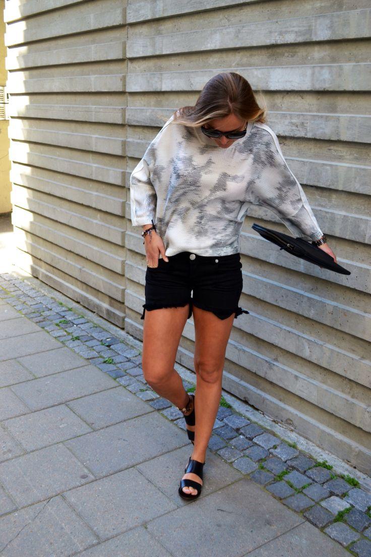 IRO top and MARDOU & DEAN shorts!