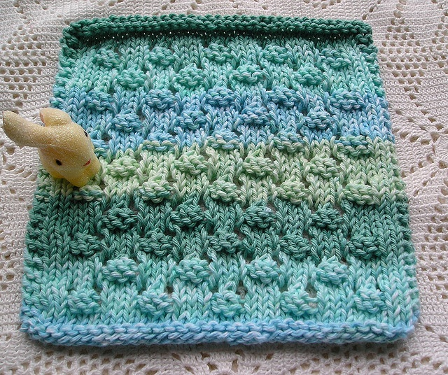 Knit Dishcloth Pattern Ravelry : 1000+ images about Dishcloths - Knitting Patterns on Pinterest Dishcloth kn...