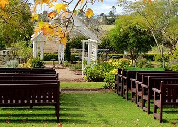 Gledswood Homestead and Winery, Wedding Venue. Seems like a gorgeous venue.