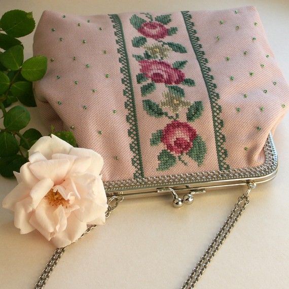 pink  handbag with  embroidered  roses and beads