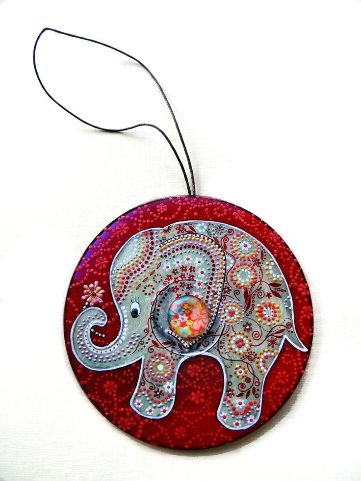 White elephant Decor, Elephants for nursery, hand painted CD, elephant ornament, nursery decor, upcycling, blue elephant, white elephant - pinned by pin4etsy.com