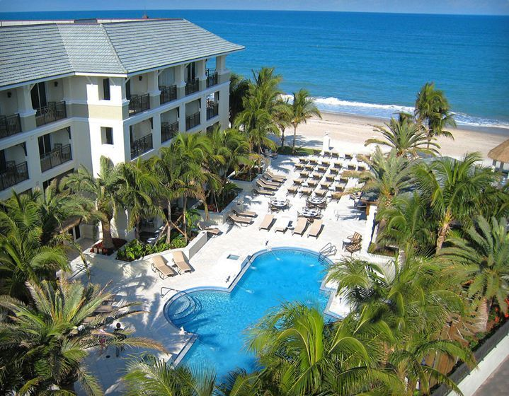 Vero Beach Hotel and Spa, a Luxury Beachfront Hotel  Located on the northern end of Ocean Drive in Vero Beach it is like the name says : luxurious. Direct beach access