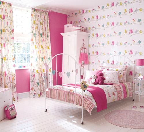 If I had a little girl, this would be her room. Maybe a little less pink, but definitely birds and owls.
