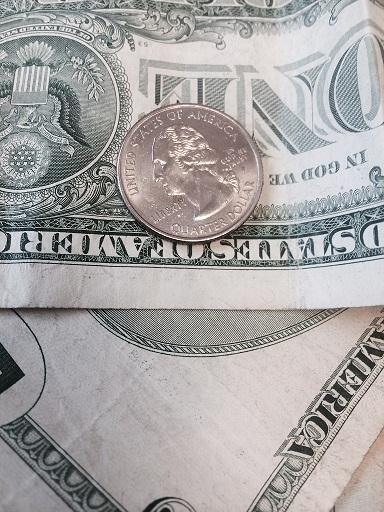 VA GOP Lawmakers Turn Back Raising Minimum Wage | Delmarva Public Radio