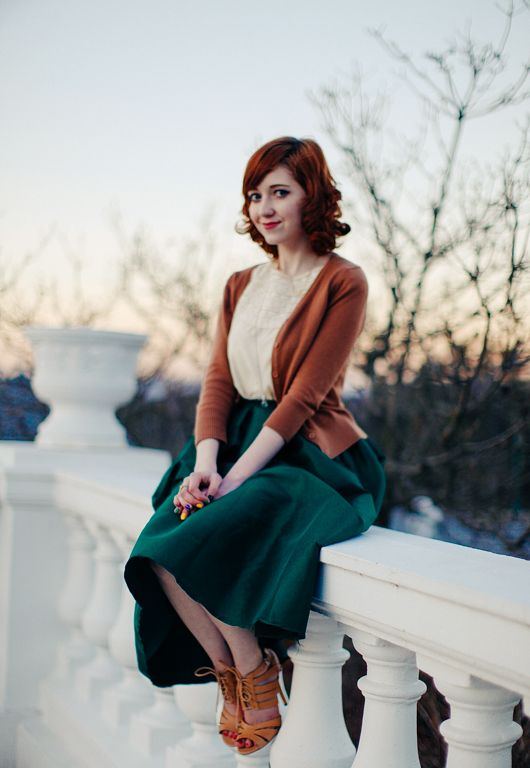The Clothes Horse: Great Expectations | Midi skirt, vintage, chic, modest