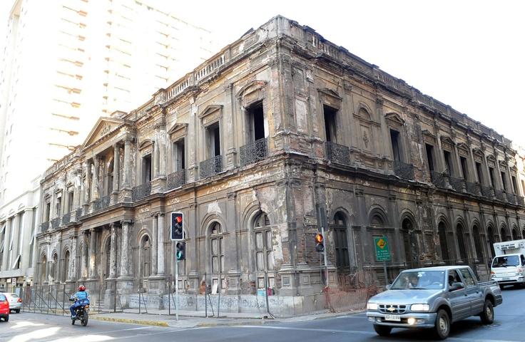 Palacio-Pereira.