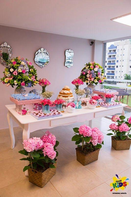 Mesa+de+dulces+con+chuches+y+flores2.jpg (535×802)