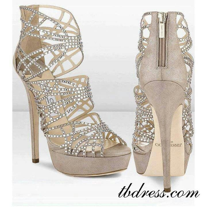 There is 0 tip to buy these shoes: nude heels prom jimmy choo rhinestones.  Help by posting a tip if you know where to get one of these clothes.