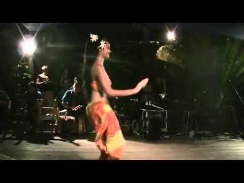 Topless hula dancers pics — 6