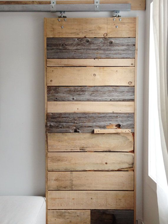 Sliding barn door reclaimed pine barn wood rustic for Decoration porte de grange