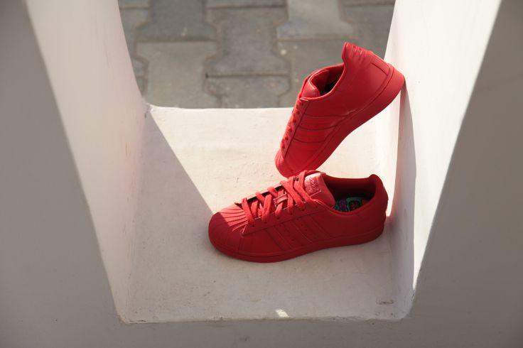 Color your life! #adidas #Superstar #Supercolor #adidasOriginals #PharrellWilliams #Sizeer #sneakerOn #sneakers #streetwear