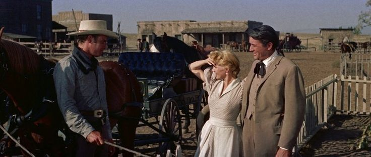 William Wyler – 1958 Gregory Peck - Charlton Heston - Jean Simmons - Caroll Baker James McKay, ancien marin, vient de quitter Baltimore pour se rendre dans un petit village des prairies du Middle West. Là, il doit épouser Patricia, la fille du major Terrill,...
