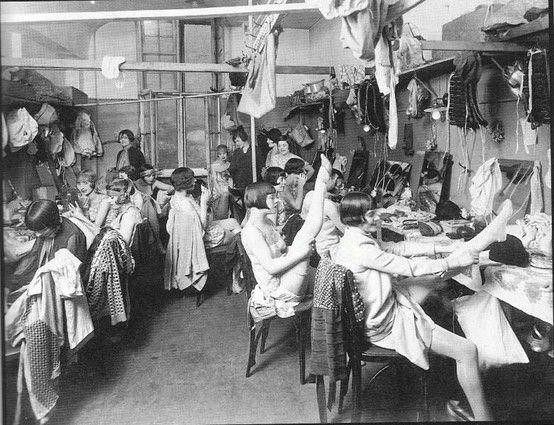 backstage 1920 - Szukaj w Google