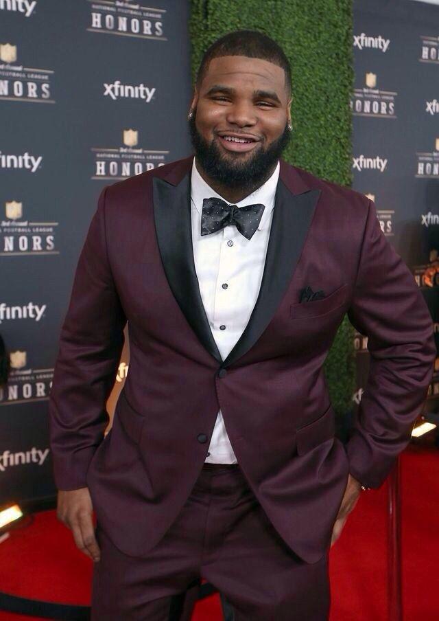 """Burgundy #tuxedo http://bigguyflyy.tumblr.com for big guy fashion! jariuswilliams: """"Too Sharp! """""""