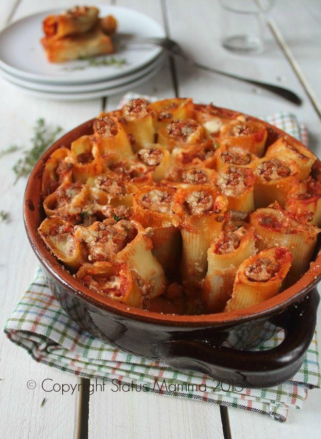 Paccheri stuffed baked - Paccheri ripieni al forno in piedi ricetta al coccio ricetta facile Statusmamma con carne Gialloblogs Giallozafferano © Copyright Status mamma 2015