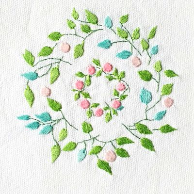Embroidery: Vines and Wreath #202, Patricia Van Ness