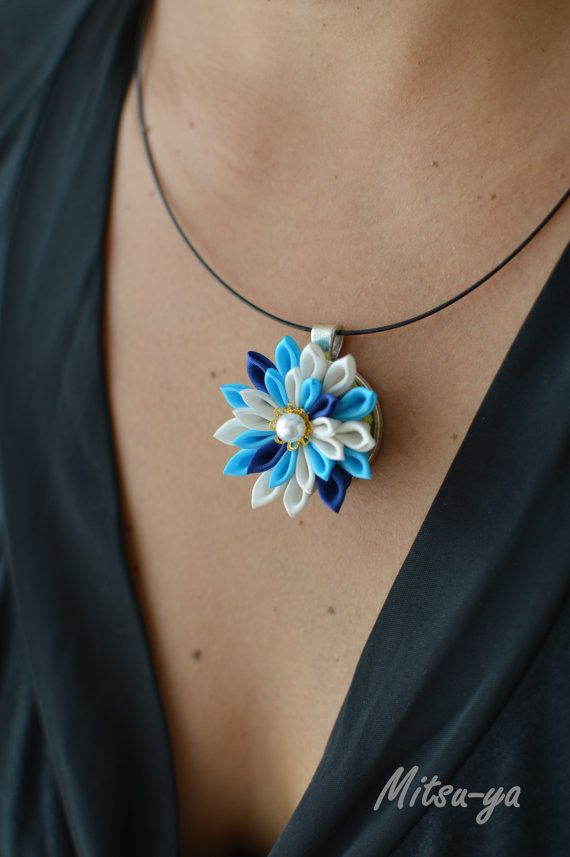 Tsumami kanzashi flower necklace Sky / blue 2 etage by Mitsuya, €23.00