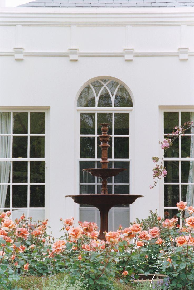 Classical garden detail by Eugene Gilligan Garden Design
