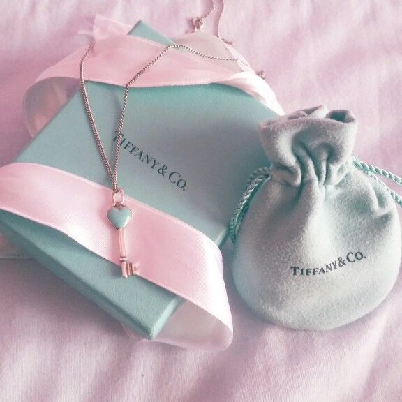 Ho un sogno nel cassetto chiuso a chiave...ed il sogno è la chiave ❤ Tiffany&co.