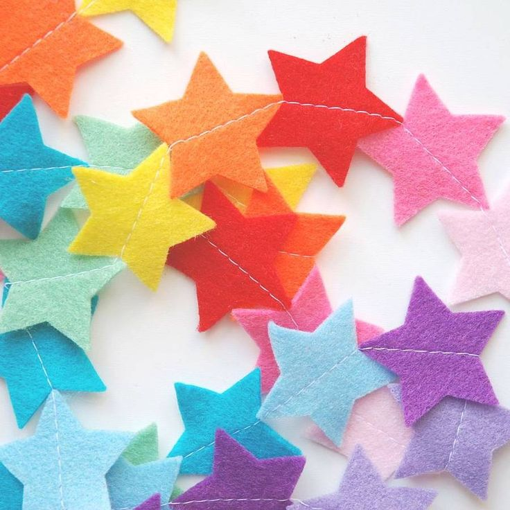 Rainbow Felt Star Nursery Garland 22£