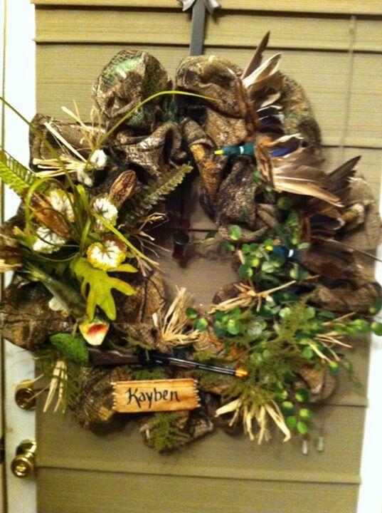 Duck hunting wreath