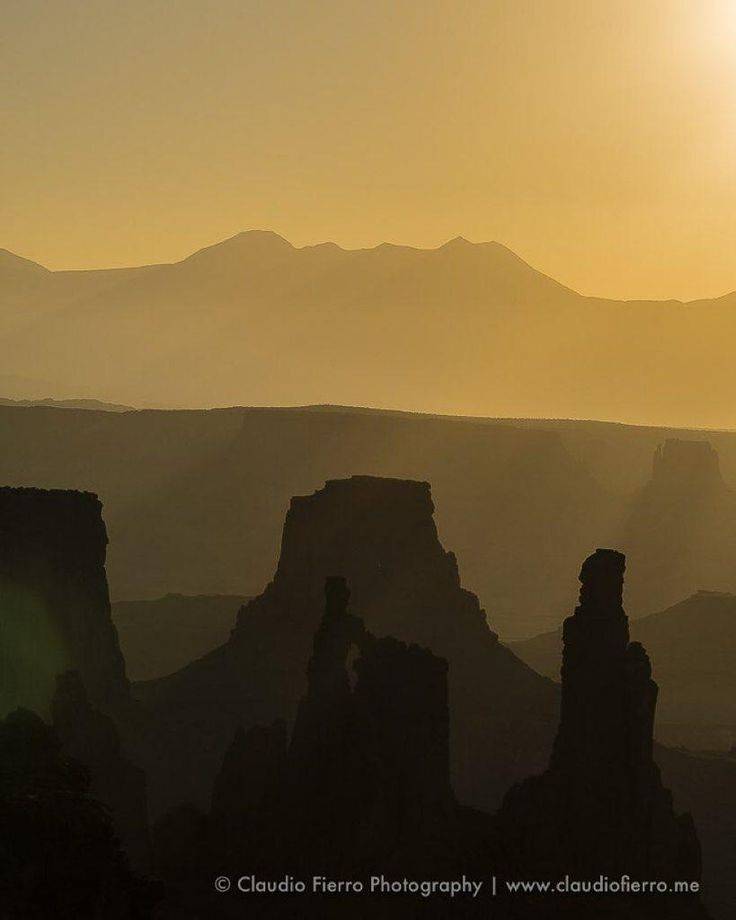 """CFN_Photography on Twitter: """"The #desert at #canyonlands http://t.co/xw0uUC5ZJ4 http://t.co/asLlkmiob4"""""""