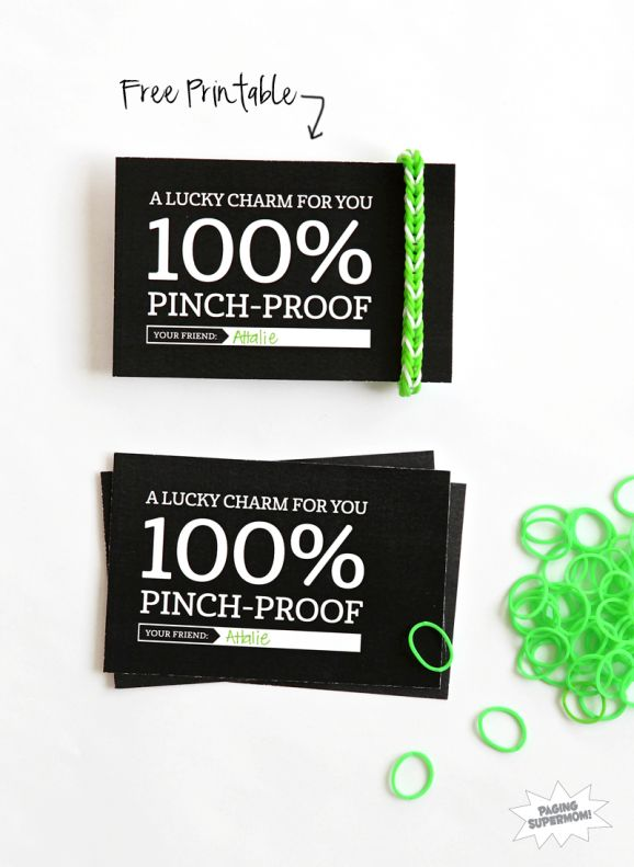 Cute FREE printable gift tag  for Rainbow Loom Lucky Charm via @PagingSupermom.com.com.com.com.com for St. Patrick's Day #RainbowLoom
