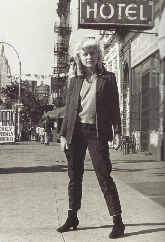 Debbie Harry in New York City. Photo by Bob Gruen.