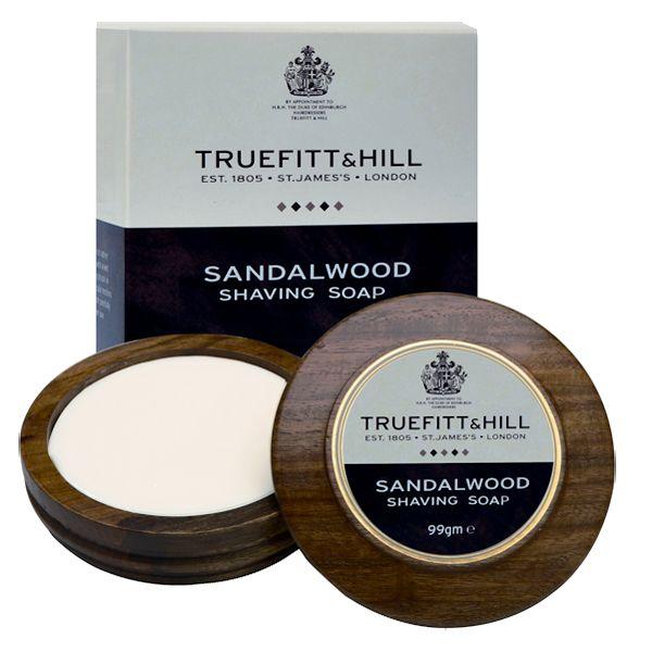 Najwyższej jakości mydło do golenia w ręcznie robionym i polerowanym tyglu z drewna wzbogacone o zapach drzewa sandałowego. Doskonałe dla skóry wrażliwej, tworzy gęstą, sztywną pianę, gwarantując dokładne golenie.Wyprodukowane z najwyższej jakości składników. Produkt bardzo wydajny, wystarcza nawet na 6 miesięcy.