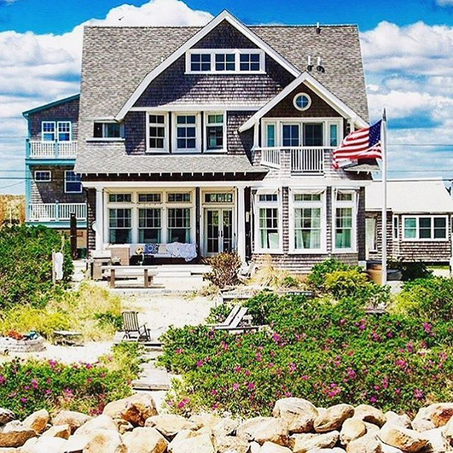 "Bring The Shore Into Home With Beach Style Living Room: 66 Best Cottage On ""Sandy Beach"" Lane ~⛵~ Images On"
