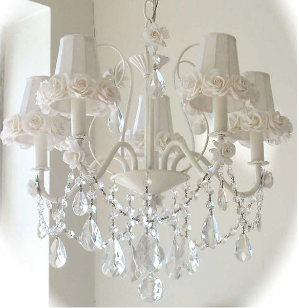 Shabby Chic Chandelier Shades | Shabby Chic Chandeliers: Glittering & Vintage Glamour For Your Child ...