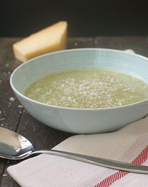 Broccolisoep met creme fraiche - Great Little Kitchen