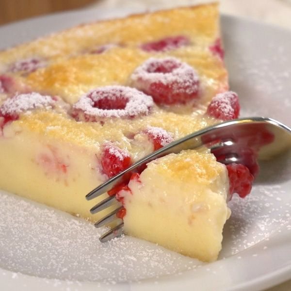 Checkout the best easy raspberry clafoutis recipe on the net! Once you try this amazing French dessert, you will ask for more!