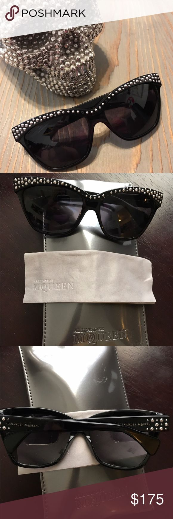 Alexander McQueen sunglasses 😎 Authentic in perfect condition comes with case & cleaning cloth. These are stunning 😎💜PRICE IS FIRM 🌹 Alexander McQueen Accessories Sunglasses
