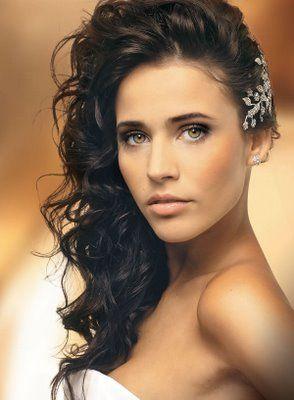Penteado de noiva rosto quadrado