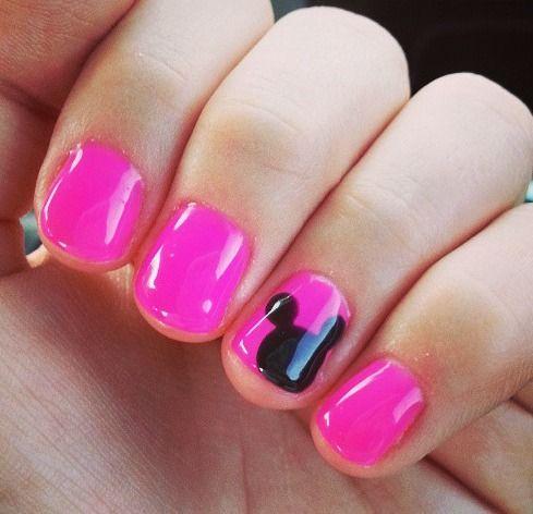 Disney Nails <3    When I go to Disneyland, I'm doing this!!!
