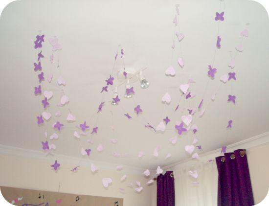 Guirnalda de mariposas y corazones para la celebracion del cumpleaños de Daniela