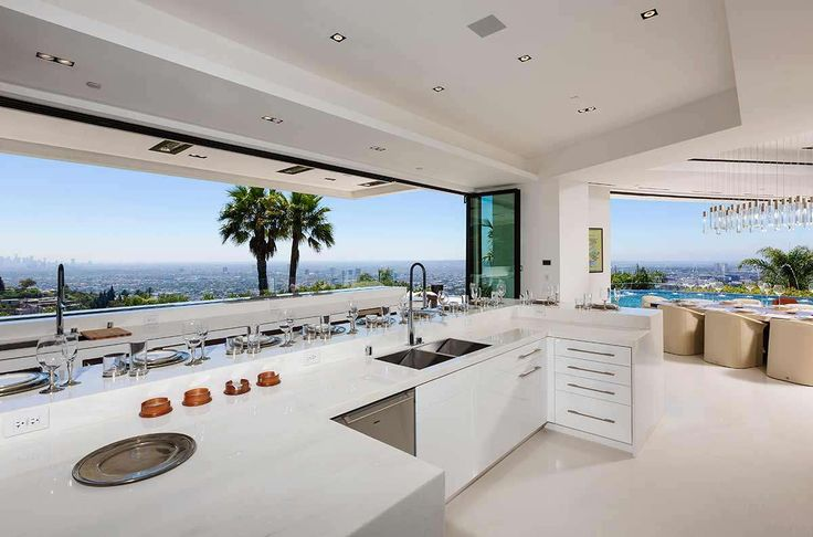 Beyonce and Jay Z's $85 Million Mansion in Beverly Hills | http://www.caandesign.com/beyonce-and-jay-zs-85-million-mansion-in-beverly-hills/